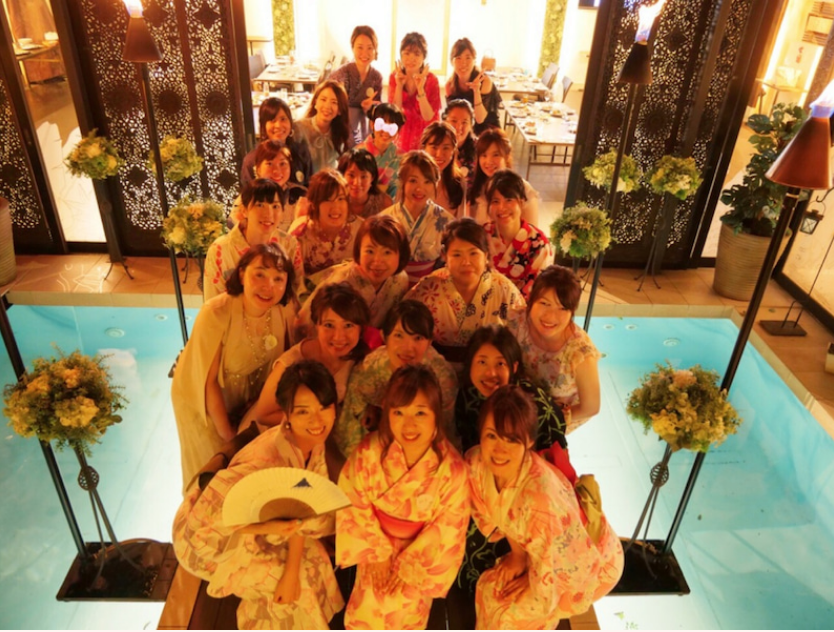 https://image.reservestock.jp/pictures/12323_MjJhYzI2YmJkNmFhN.png