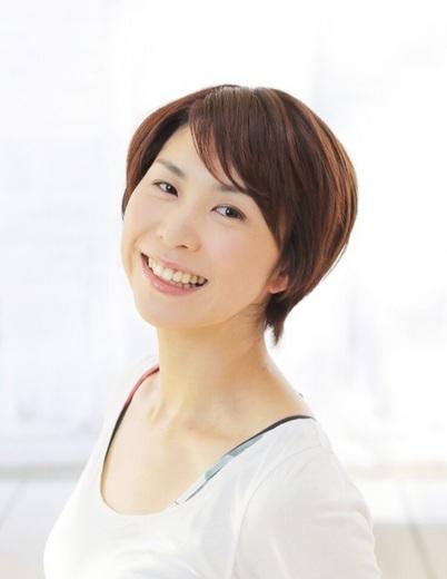 山室智子プロフィール写真